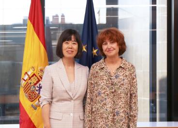 María Peña, consejera delegada de ICEX y Xin Wang, CEO de Chunbo.