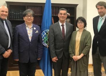 Reunión entre la asociación japonesa de someliers y directiva del COY