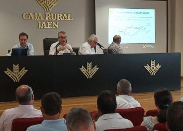 Reunión del Consejo Sectorial de Aceite de Oliva de Cooperativas.