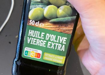 Botella de AOVE en París (Horeca)